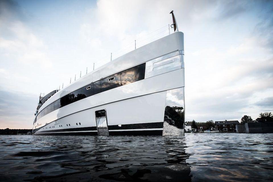 5790b7979a1b Il primo cinema IMAX galleggiante al mondo da installare su un ...